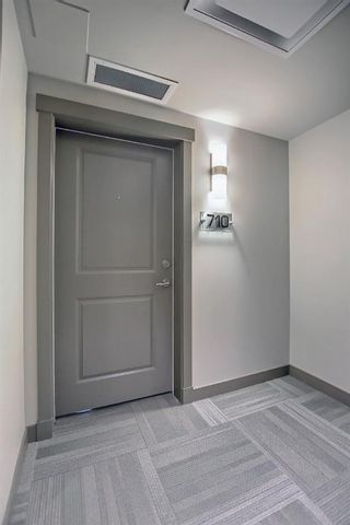 Photo 2: 710 32 Varsity Estates Circle NW in Calgary: Varsity Apartment for sale : MLS®# A1151162