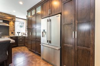 """Photo 9: 9950 STONEGATE Place in Chilliwack: Little Mountain House for sale in """"STONEGATE PLACE"""" : MLS®# R2604740"""