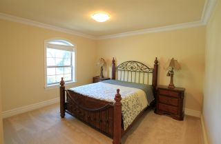 Photo 12: 2323 138 Street in Surrey: Elgin Chantrell House for sale (South Surrey White Rock)  : MLS®# R2574077