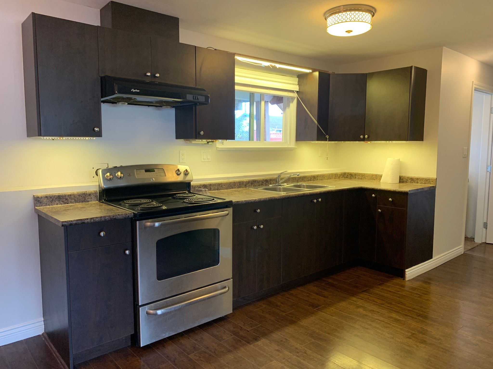 Main Photo: BSMT 32042 Melmar Ave. in Abbotsford: Abbotsford West Condo for rent
