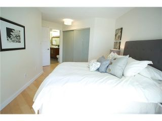"""Photo 12: 3211 33 CHESTERFIELD Place in North Vancouver: Lower Lonsdale Condo for sale in """"HARBOURVIEW PARK"""" : MLS®# V1109655"""