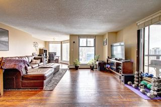 Photo 4: 1801 1100 8 Avenue SW in Calgary: Downtown West End Apartment for sale : MLS®# A1095397