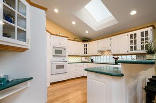 Photo 8: 147 Valley Ridge Green NW in Calgary: Valley Ridge Detached for sale : MLS®# A1071656