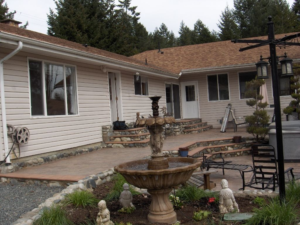 Photo 5: Photos: 4716 Cowichan Lake Road in Duncan: House  (FVREB Out of Town)  : MLS®# VIREB 287173