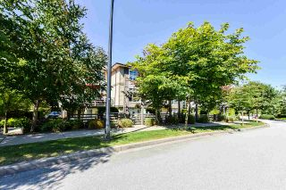 """Photo 33: 8 15405 31 Avenue in Surrey: Grandview Surrey Townhouse for sale in """"Nuvo 2"""" (South Surrey White Rock)  : MLS®# R2476229"""