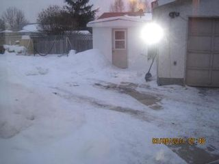 Photo 20: 71 PICKLEY CR in Winnipeg: Residential for sale (Canada)  : MLS®# 1103822