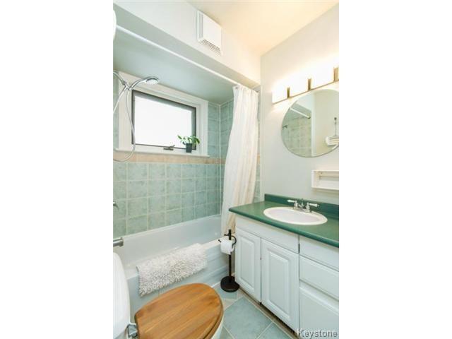 Photo 8: Photos: 162 Leighton Avenue in WINNIPEG: East Kildonan Residential for sale (North East Winnipeg)  : MLS®# 1401800