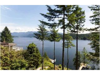 Photo 4: 1736 SE NAOMI Place in North Vancouver: Deep Cove House for sale : MLS®# V1005937