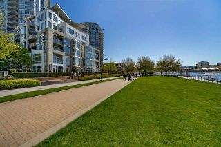 Photo 14: 507 1383 MARINASIDE Crescent in Vancouver: Yaletown Condo for sale (Vancouver West)  : MLS®# R2365345