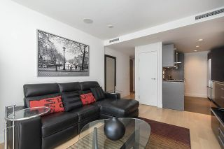 """Photo 6: 1806 1111 ALBERNI Street in Vancouver: West End VW Condo for sale in """"Shangri-La"""" (Vancouver West)  : MLS®# R2568086"""