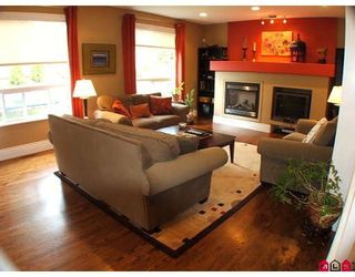 """Photo 3: 7371 147A Street in Surrey: East Newton House for sale in """"Chimney Heights"""" : MLS®# F2911537"""