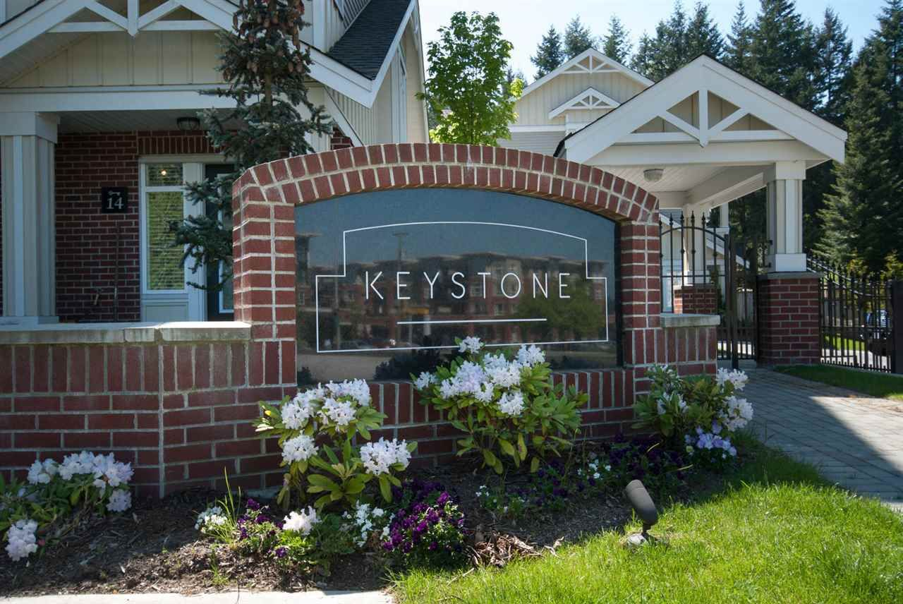 Extremely well built with quality 2x6 construction, R20 insulation, double 2x4 insulated party wall system. Close to shopping, restaurants, transit & walking trails. Sought after Semiahmoo Trail Elementary & Semiahmoo High School catchments.