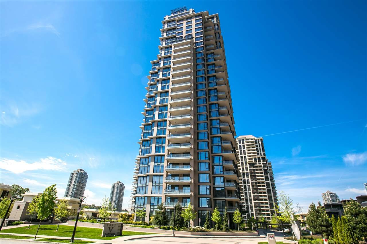 """Main Photo: 2301 2077 ROSSER Avenue in Burnaby: Brentwood Park Condo for sale in """"VANTAGE"""" (Burnaby North)  : MLS®# R2058471"""