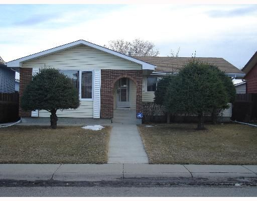 Main Photo:  in CALGARY: Whitehorn Residential Detached Single Family for sale (Calgary)  : MLS®# C3258373