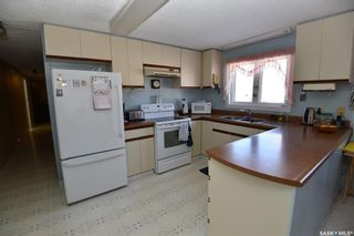 Photo 6: 445 4th Street West in Carrot River: Residential for sale : MLS®# SK847027