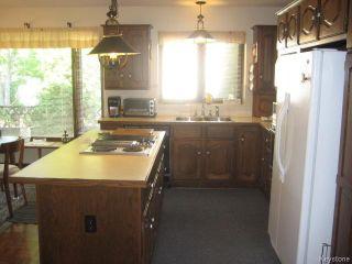 Photo 9: 422 Bonner Avenue in WINNIPEG: North Kildonan Residential for sale (North East Winnipeg)  : MLS®# 1529206