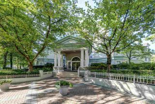 """Photo 17: PH418 2990 PRINCESS Crescent in Coquitlam: Canyon Springs Condo for sale in """"The Madison By Polygon"""" : MLS®# R2403214"""