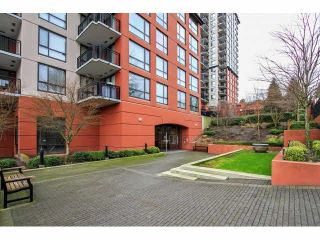 """Photo 3: 803 813 AGNES Street in New Westminster: Downtown NW Condo for sale in """"DOWNTOWN NW"""" : MLS®# V1101785"""