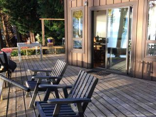 Photo 9: 1111 Sunset Trail in Savary Island: House for sale : MLS®# 15461