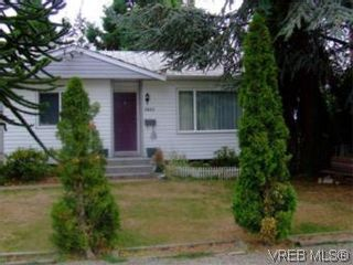 Photo 2: 2809 Sooke Rd in VICTORIA: La Walfred House for sale (Langford)  : MLS®# 518312