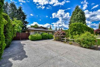 "Photo 1: 2515 CAMERON Crescent in Abbotsford: Abbotsford East House for sale in ""EAST ABBOTSFORD MCMILLAN"" : MLS®# R2274792"