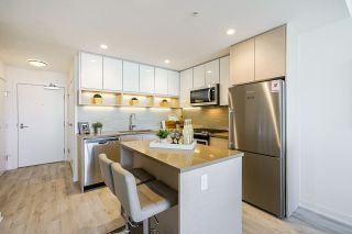 Photo 4: 1507 8850 UNIVERSITY CRESCENT in Burnaby: Simon Fraser Univer. Condo for sale (Burnaby North)  : MLS®# R2416972