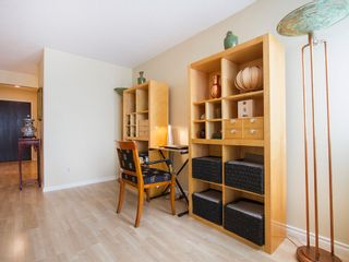 """Photo 11: 303 1540 MARINER Walk in Vancouver: False Creek Condo for sale in """"MARINER POINT"""" (Vancouver West)  : MLS®# V1121673"""