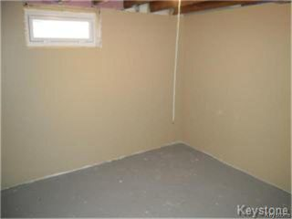Photo 17: 404 Manitoba Avenue in WINNIPEG: North End Residential for sale (North West Winnipeg)  : MLS®# 1427269