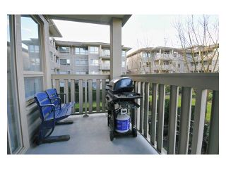 """Photo 9: 226 801 KLAHANIE Drive in Port Moody: Port Moody Centre Condo for sale in """"INGLENOOK"""" : MLS®# V869106"""