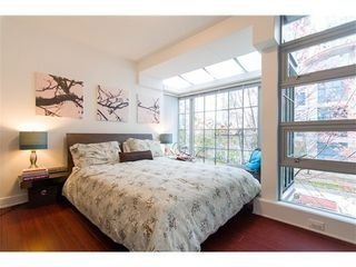 Photo 7: 1231 SEYMOUR Street in Vancouver West: Downtown VW Home for sale ()  : MLS®# V979770
