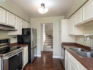 Photo 11: 819 Pepin Pl in VICTORIA: SW Northridge House for sale (Saanich West)  : MLS®# 828187