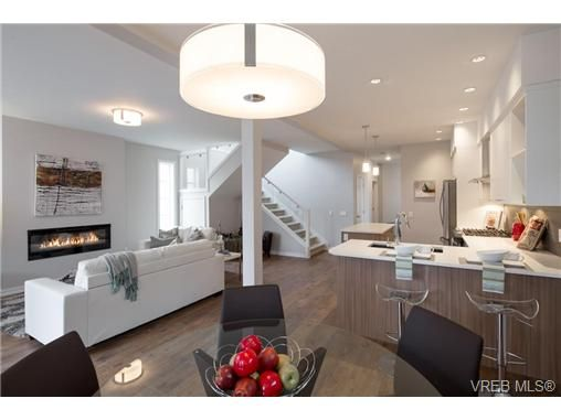 Main Photo: 3256 Hazelwood Rd in VICTORIA: La Happy Valley House for sale (Langford)  : MLS®# 710456