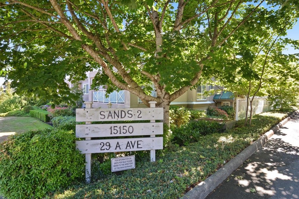 """Main Photo: 307 15150 29A Avenue in Surrey: King George Corridor Condo for sale in """"THE SANDS 2"""" (South Surrey White Rock)  : MLS®# R2193309"""
