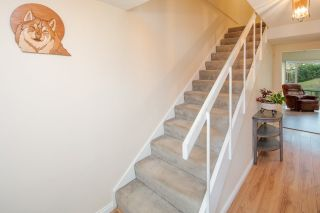 """Photo 10: 603 WESTVIEW Place in North Vancouver: Upper Lonsdale Townhouse for sale in """"Cypress Gardens"""" : MLS®# R2211101"""