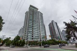 Photo 1: 1710 161 W GEORGIA Street in Vancouver: Downtown VW Condo for sale (Vancouver West)  : MLS®# R2176640