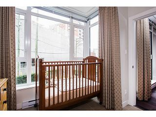 Photo 10: # 208 2321 SCOTIA ST in Vancouver: Mount Pleasant VE Condo for sale (Vancouver East)  : MLS®# V1042008