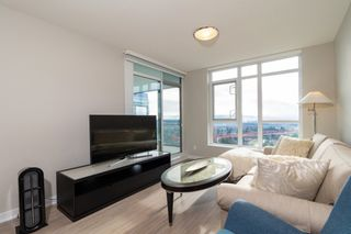 """Photo 8: 2301 4900 LENNOX Lane in Burnaby: Metrotown Condo for sale in """"THE PARK"""" (Burnaby South)  : MLS®# R2432406"""