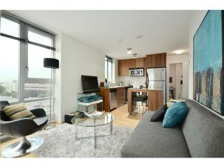"""Photo 2: 1101 1030 W BROADWAY in Vancouver: Fairview VW Condo for sale in """"LA COLOMBA"""" (Vancouver West)  : MLS®# V911282"""