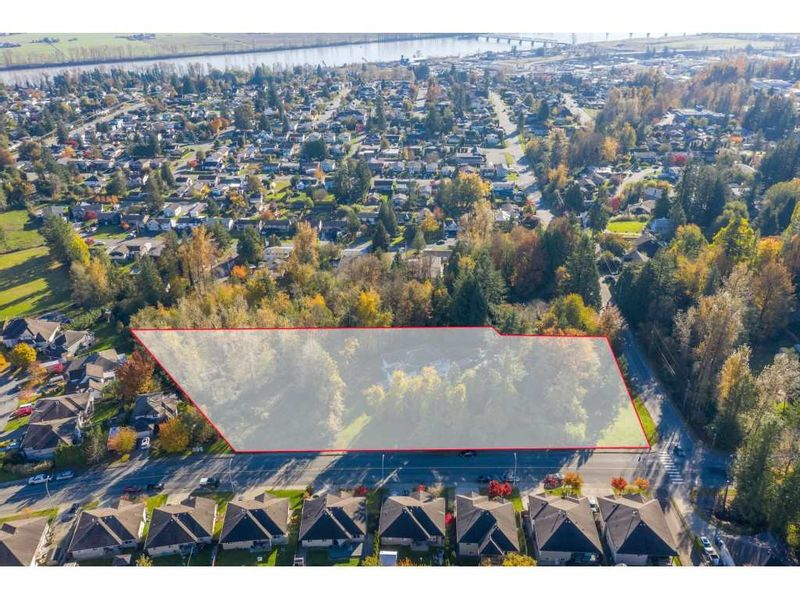 FEATURED LISTING: 7816 DUNSMUIR Street Mission