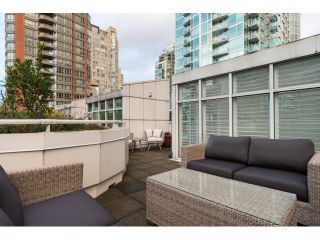 """Photo 20: T09 1501 HOWE Street in Vancouver: Yaletown Townhouse for sale in """"888 BEACH"""" (Vancouver West)  : MLS®# R2020483"""