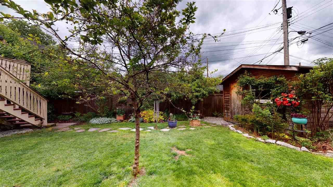 Photo 35: Photos: 2521 KITCHENER Street in Vancouver: Renfrew VE House for sale (Vancouver East)  : MLS®# R2573364