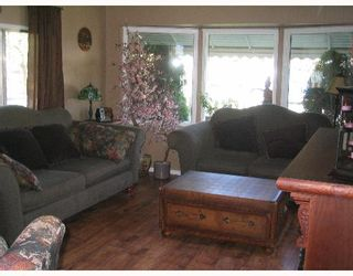 """Photo 3: 6810 LANGER Crescent in Prince_George: N73EM Manufactured Home for sale in """"EMERALD"""" (PG City North (Zone 73))  : MLS®# N172740"""