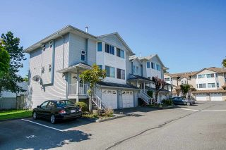 """Photo 2: 8 3087 IMMEL Street in Abbotsford: Central Abbotsford Townhouse for sale in """"Clayburn Estates"""" : MLS®# R2368944"""