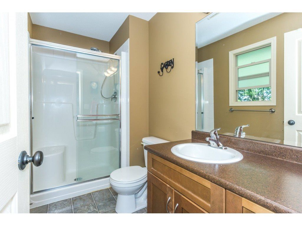 """Photo 14: Photos: 32 46840 RUSSELL Road in Sardis: Promontory Townhouse for sale in """"Timeber Ridge"""" : MLS®# R2359001"""