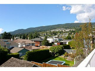 Photo 18: 1373 20TH Street in West Vancouver: Ambleside House for sale : MLS®# V1030085