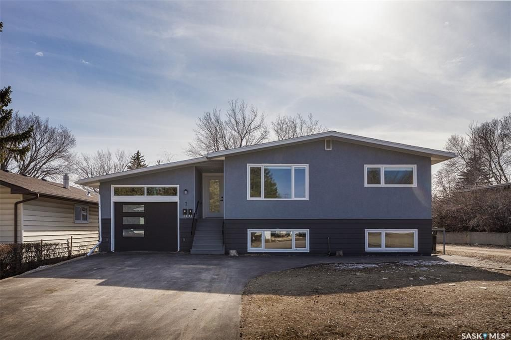 Main Photo: 7 Richmond Crescent in Saskatoon: Richmond Heights Residential for sale : MLS®# SK850087