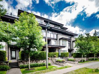 "Photo 15: 404 7418 BYRNEPARK Walk in Burnaby: South Slope Condo for sale in ""GREEN"" (Burnaby South)  : MLS®# R2466553"