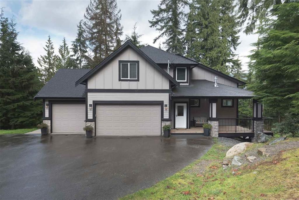Main Photo: 32257 Madsen Ave in Mission: Steelhead House for sale : MLS®# R2150368