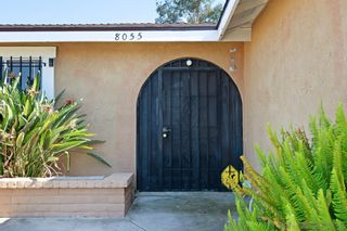 Photo 4: MIRA MESA House for sale : 4 bedrooms : 8055 Flanders Dr in San Diego