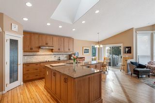 Photo 5: 10971 Valley Springs Road NW in Calgary: Valley Ridge Detached for sale : MLS®# A1081061